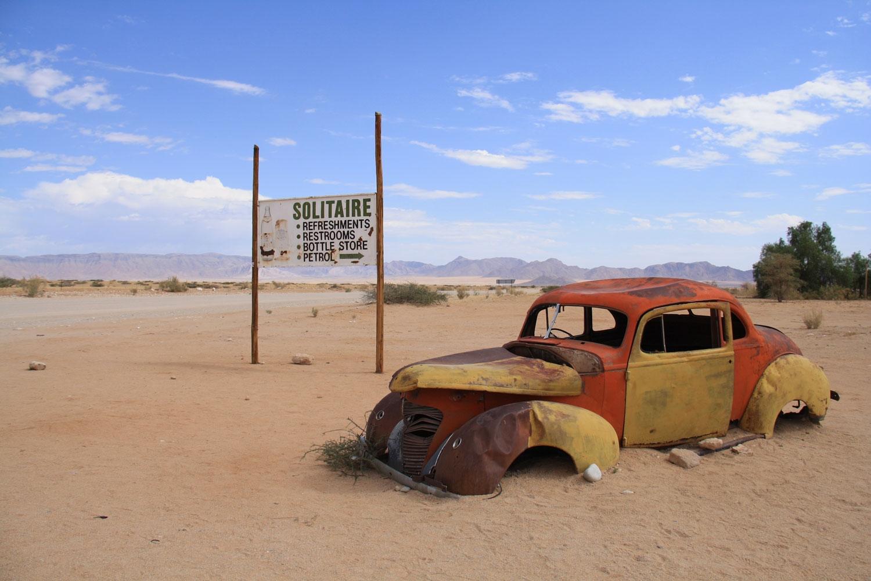 solitaire-namib-desert-sesriem